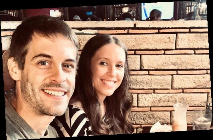 Jill Duggar Applauded for Drinking Alcohol During Date Night with Derick Dillard