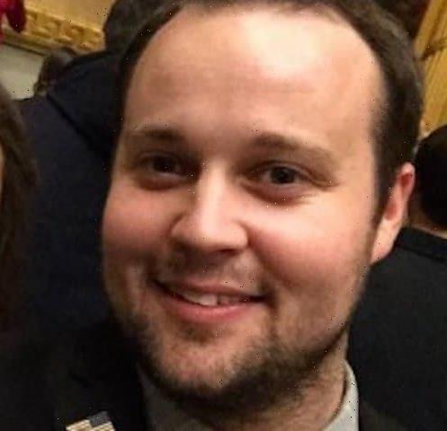 """Josh Duggar Disgusts Fans with """"Suggestive"""" Video of Young Girl"""