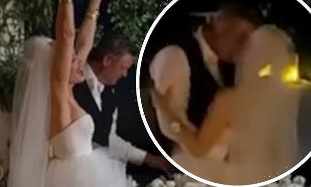 Gwen Stefani dances with her new husband Blake Shelton