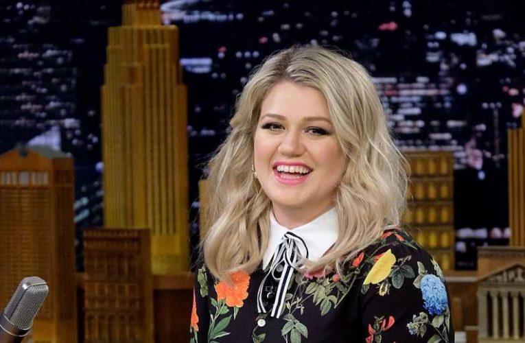 Kelly Clarkson Just Dropped Legit Millions on a Fancy New Home