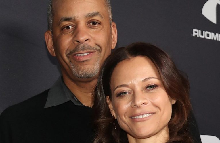 The Real Reason Steph Currys Mom Just Filed For Divorce