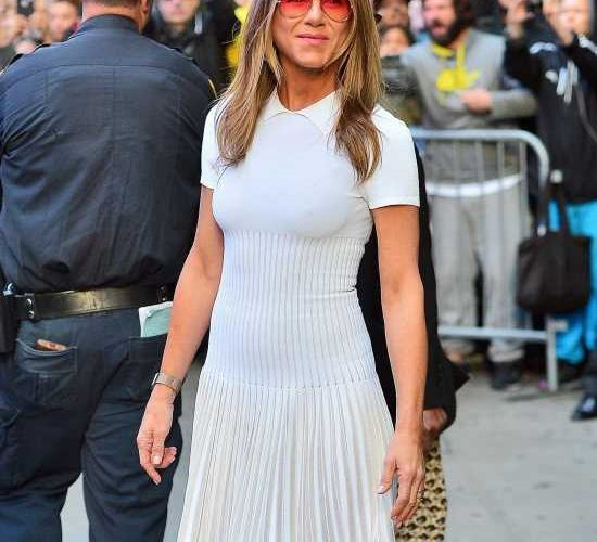 Jennifer Aniston wont write a memoir: I have nothing to memoir about just yet