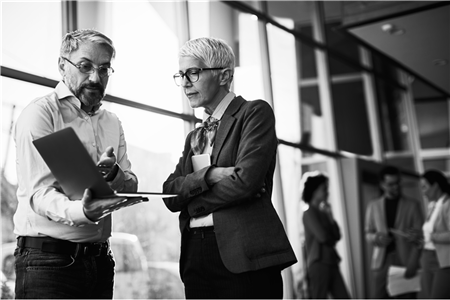 Leadership Vs. Management: A Key Lesson for Business Leaders