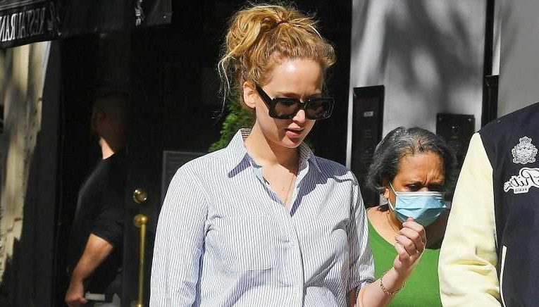 Jennifer Lawrence's Autumn Outfit Is Like If Sheets Were Wearable