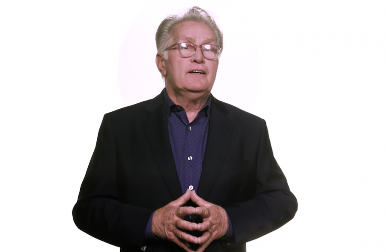 The West Wing star Martin Sheen leads a celebrity-packed video PSA…