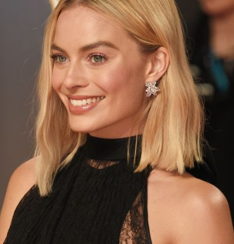 Celebrities with shoulder length hair